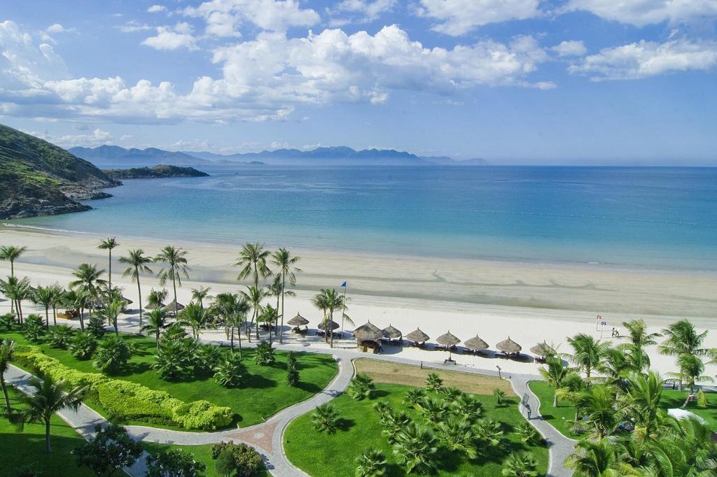 Bất động sản ven biển hấp dẫn nhà đầu tư - BREAKING NEWS LAND