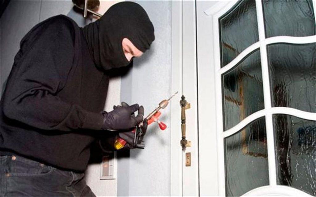 Các phương án gia cố cửa chống trộm - NGÔI NHÀ AN TOÀN ® Thi công hệ thống an ninh - camera