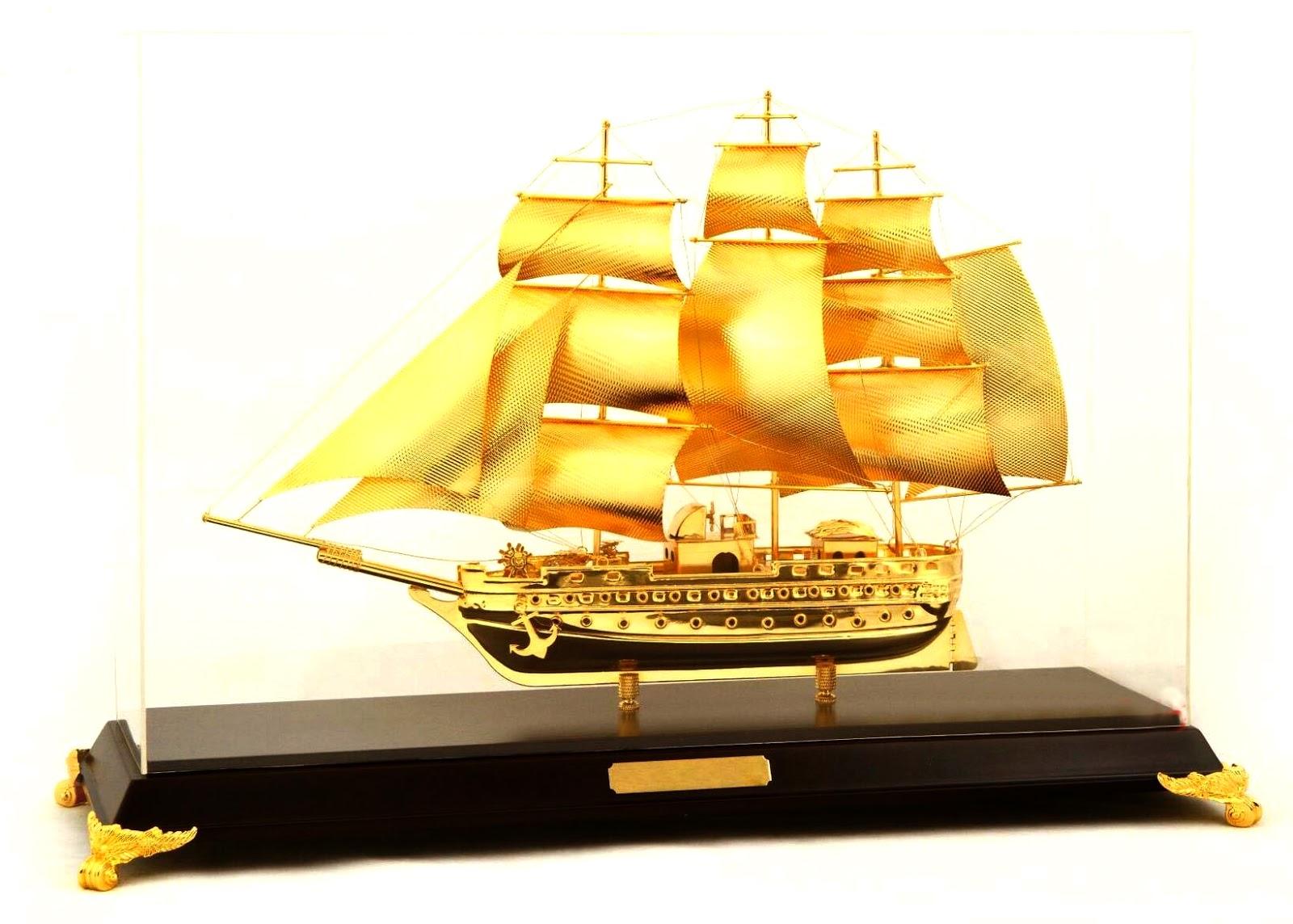 Thuyền buồm làm quà tặng sếp sao cho hợp phong thủy