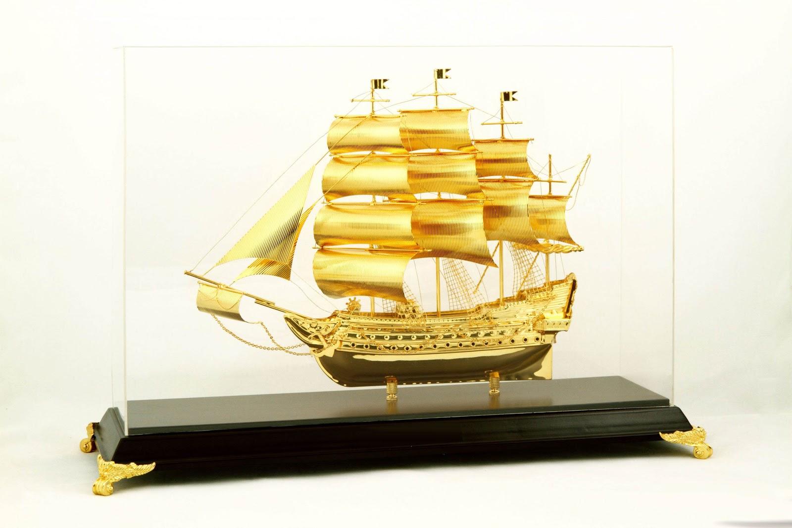 Mô hình Thuyền buồm phong thủy - Quà tặng sếp mang đến sự thành công